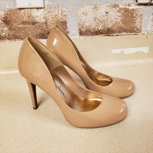 Jessica Simpson  patent leather pumps heels